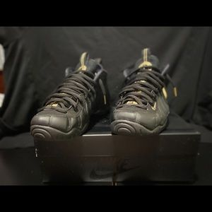 Nike Air Foamposite PRO Black Metallic Gold Men's